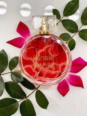 Rosy Bloom Eau de parfum 3.4oz